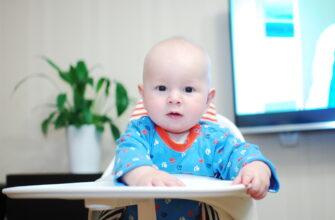 Кормление малыша: обучение самостоятельному питанию