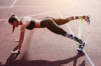 В чем популярность фитнес резинки и примеры упражнений с ней