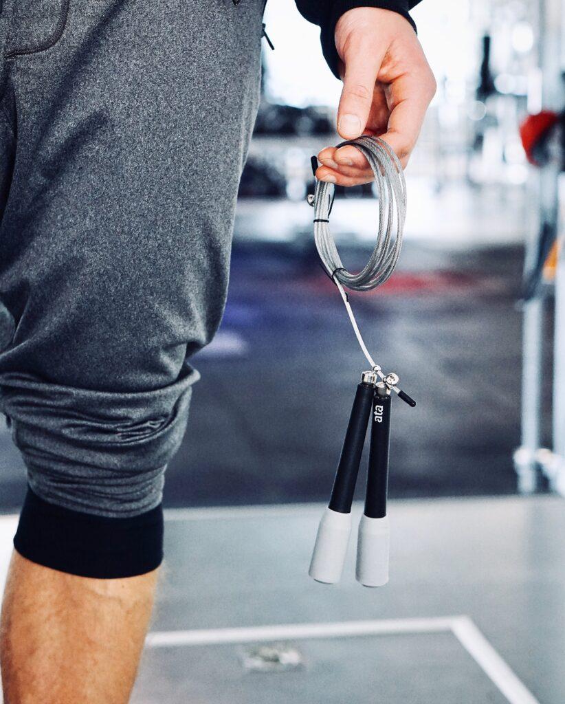 Ежедневные тренировки на скакалке: сколько можно сбросить за месяц?